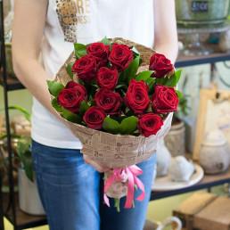 Букет из 11 красных роз 50 см Кения