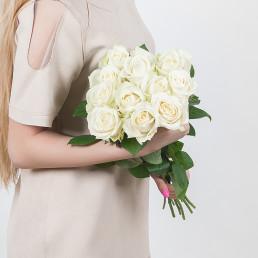 Букет из 11 белых роз 70 см Эквадор