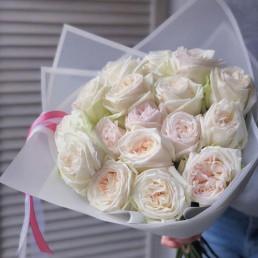 Букет из 15 белых пионовидных роз 40 см