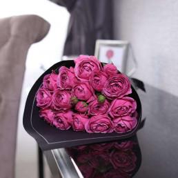 Букет из 15 розовых пионовидных роз 40 см