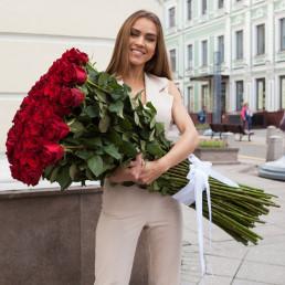 51 красная роза 100 см Эквадор